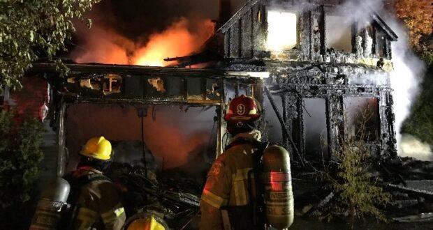 صورة لمنزل الحريق تسبب ب وفاة امرأة تبلغ من العمر 19 عاما في فالال كيبيك