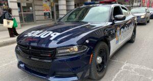 سيارة شرطه في مونتريال