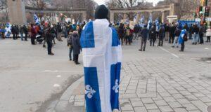 صورة لاحد الشباب في التجمع الشبابي حيث تجمع الشباب المطالبين بالسيادة في كيبيك في مسيرة من أجل الفرنسيين في مونتريال