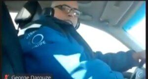 صورة لعضو مجلس أوتاوا أثناء قيادته السيارة ،حيث عضو مجلس أوتاوا تم ضبطه وهو يراسل أثناء القيادة وقام بدفع غرامة قدرها 615 دولارًا