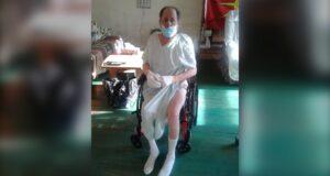 خرج ونستون سوينريز نيلسون من مستشفى سانت يوستاش في درجات حرارة دون الصفر مرتديًا رداء المستشفى فقط. المصدر: شيريل نيلسون
