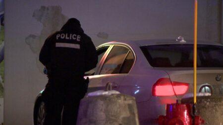 خرجت شرطة مونتريال (SPVM) مساء الأربعاء بعد مكالمات حول تجمعات بالسيارات في منطقة Riviere-des-Prairies.