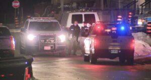 مقتل امرأة واعتقال رجل مصاب بعد حادث في ريتشموند هيل