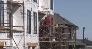 صورة لأحد المنازل حيث بلغت قيمة الزيادة بعض منازل البناء الجديدة في Stittsville أكثر من 100000 دولار في القيمة في أقل من عام.زيادة 100000 دولار في قيمة منزل جديد تفاجئ مالكي المنازل في أوتاوا
