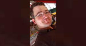 """صورة للطبيب بريان نادلر ، 35 عامًا ،الذي تم اتهانه بارتكاب جريمة قتل من الدرجة الأولى فيما يتعلق بما تسميه الشرطة """"عددًا من الوفيات المشبوهة"""" في المستشفى في هاوكيسبيري ، أونتاريو حيثطبيب متهم بجريمة قتل بعد وفاة مشبوهة في مستشفى """"هاوكسبيري"""" في أونتاريو"""
