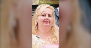صورة لسينثيا كوفي ، المقيمة في تورنتو ، البالغة من العمر 64 عامًا ،التي تم التعرف عليها باعتبارها ضحية القتل التاسع عشر في المدينة عام 2021.رجل متهم بالقتل بعد العثور على امرأة ميتة في شقة في تورونتو