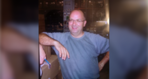 صورة للوران مورين المفقود منذ 4 مايو 2021 والذي تبحث شرطة مونتريال عنه.الشرطة تطلب المساعدة في العثور على رجل يبلغ من العمر 57 عامًا