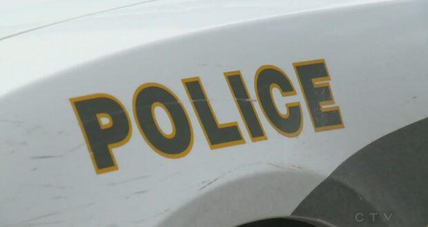 صورة لإحدى سيارات شرطة كيبيك حيثمقتل أحد المشاة عمره 88 عامًا بسبب انحراف السيارة في سانت هياسينت